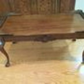 Lot 107 Decorative Carved Wood Coffee Table 18H x 13W x 38L PICK UP IN GARDEN CITY