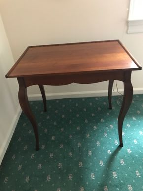 Lot 029 Grange Writing Desk With Side Drawer 27H x 20.5W x 30 L PICK UP IN MANHASSET