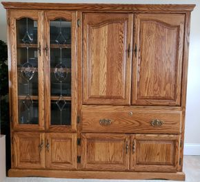 Lot 015 Oak Multimedia Cabinet 59H x 62.25W x 21.75D PICK UP IN WILLISTON PARK,NY