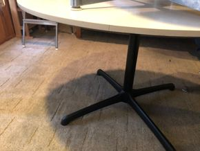 Lot 044 PU Herman Miller Round Dining Table 48D