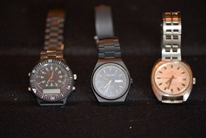 Lot 022 Pick Up/Paying  Lot of 3 Mens Watches PICK UP IN PORT WASHINGTON, NY