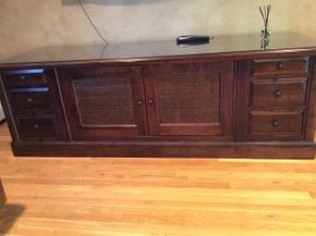 Lot 011 Low Entertainment Center 26H x 24.5W x 81L PICK UP IN CENTERPORT