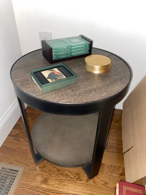 Lot 022 PU Wood round end table 20 IN H X 18 IN DIAM PICK UP IN HUNTINGTON