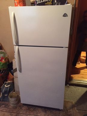 Lot 036 White Working Refrigerator 30D x 30W x 65 1/2 Tall ITEM MUST BE PICKED UP IN LONG BEACH
