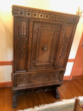 Lot 003 Carved Walnut/Oak Cabinet/Bar PICK UP IN GARDEN CITY
