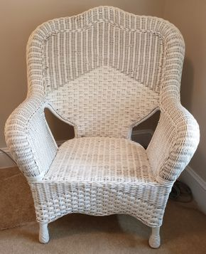 Lot 006 Wicker Armchair 41H x 30W x 18D PICK UP IN WILLISTON PARK,NY