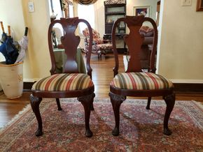 Lot 034 CC-PU TAG SALE 9-13-19/ Furniture Lot of 4 Dining Chairs 40.75H x 21.5W x 17.25D PICK UP IN ROCKVILLE CENTRE, NY