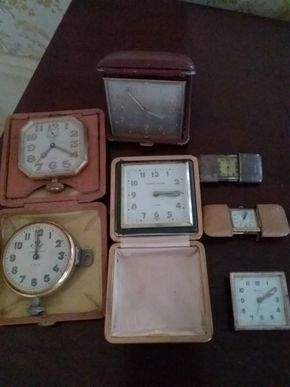 Lot 003 Lot Of 7 Vintage Travel Clocks Not Tested  PICK UP IN GARDEN CITY