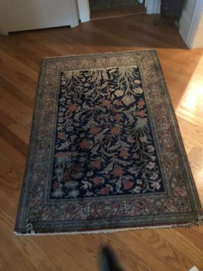 Lot 007 Handmade Area Rug 4X6 PICK UP IN PORT WASHINGTON