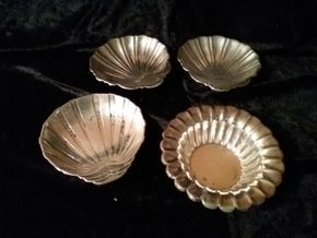 Lot 024 Lot Of 4 Sterling Silver Shell Form Candy Dishes Largest measuring 5.5 in Diameter PICK UP IN MANHASSET