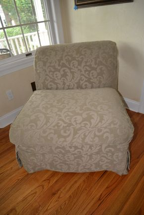Lot 002 Upholstered Armless Chair 31.5H x 32W x 30L  PICK UP IN MALVERNE,NY
