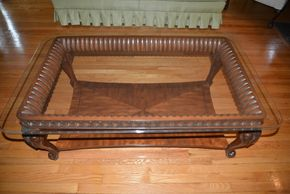 Lot 023 Coffee Table Dark Wood Glass Top 19.5H x 32W x 32L bottom wood shelf  PICK UP IN  MALVERNE, NY