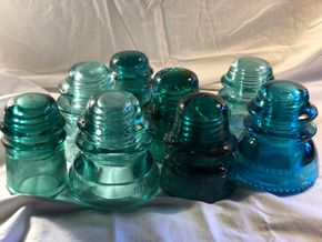 Lot 002 Lot of 8 Insulators