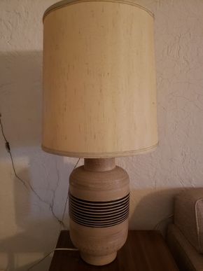 Lot 010 Mid Century Table Lamp PICK UP IN EAST ELMHURST ON AUG 19TH