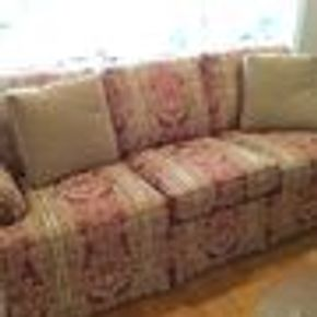 Lot 105 3 Seat Custom Thomasville Upholstered Sofa 31H x 34W x 79L PICK UP IN GARDEN CITY