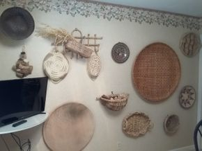 Lot 015 Large Lot Of Baskets and Plates Various Sizes PICK UP IN MANHASSET