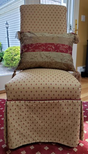 Lot 002 Upholstered Parsons Chair 41.5H x19W x 19.5D PICK UP IN WILLISTON PARK,NY