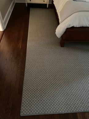 Lot 014 Area rug Beige/Blue 17FT X 11FT PICK UP IN GARDEN CITY 1