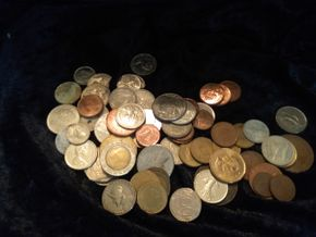 Lot 007 Lot Of Assorted Foreign Coins PICK UP IN WEST HEMPSTEAD