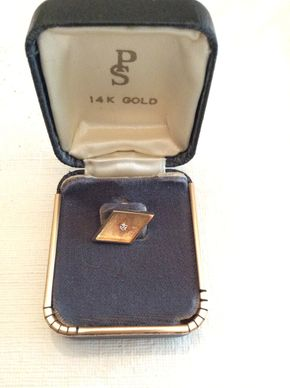 Lot 086 14K Gold Tie Tack PICK UP IN GARDEN CITY