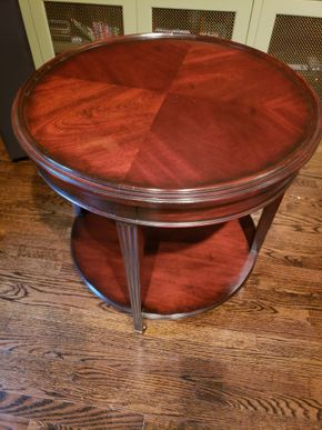 Lot 006 Vanguard Portabella Road Table w/bottom shelf  28W x 28H PICK UP IN NEW HAVEN, CT