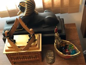 Lot 098 Vintage King Tut Collectibles, Nile and Resin Decorative Items PICK UP IN NORTH MASSAPEQUA
