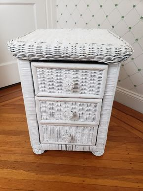 Lot 030 Delivery/Wicker 3 Drawer Nightstand 23.5H x 17.5W x 16D  PICK UP IN GARDEN CITY, NY