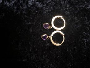 Lot 038 Gold and Amethyst Earrings PICK UP IN GARDEN CITY