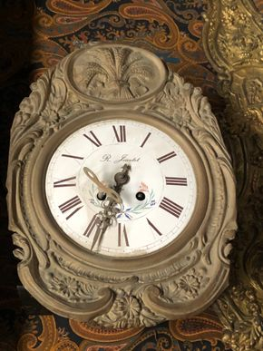 Lot 009 R JEAN TET WALL CLOCK Missing Weights 8inch Dial FOR REPAIR AND RESTORATION PICK UP IN EAST MEADOW