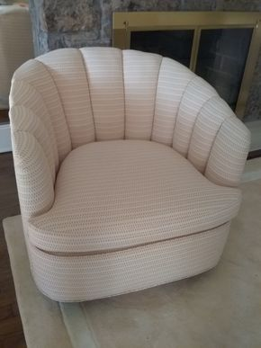 Lot 002 Upholstered Swivel Bucket Chair 30x 31 x 32 PICK UP IN ROCKVILLE CENTRE