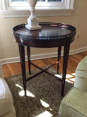 Lot 003 Round Side Table Some Chips  28H x 24W  AS IS PICK UP IN CENTERPORT