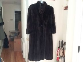 Lot 034 Black Diamond Mink Small Medium Ladies Full Length PICK UP IN N BALDWIN