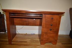 Lot 010 Wood 2 Drawer Desk 31H x 47.5W x 21.875L (AS IS)PICK UP IN MINEOLA, NEW YORK