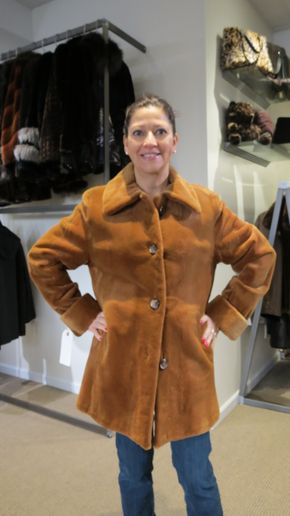 Lot 005 Whiskey Sheared Mink Size 10 Length 33in Sleeve 31in Sweep 60in Reversible 2365 - - Item Num: 7417-6