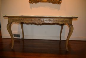 Lot 003 Pick Up Console Table 30H x 59.5W x 29.875 PICK UP IN PORT WASHINGTON, NY
