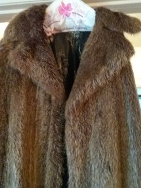 Lot 019 Ladies Nutria Full Length Coat Size M PICK UP IN FLORAL PARK