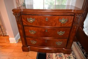 Lot 028 Night Chest 3 Drawer 31.5H x 36W x 19L PICK UP IN MALVERNE,NY