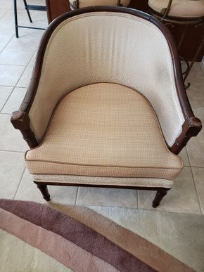 Lot 009 Upholstered Armchair Approx.Dimensions 30H x 24.5W x21D PICK UP IN EASTPORT,NY