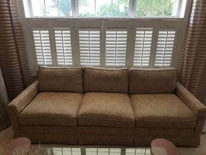 Lot 006 3 Seater Upholstered Sofa  29H x 91L x 34W PICK UP IN EASTPORT,NY