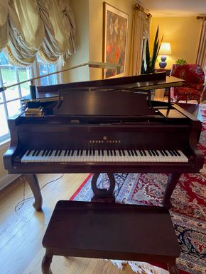 Lot 031 Baby Grand Piano YOUNG CHANG  PICK UP IN GARDEN CITY 2