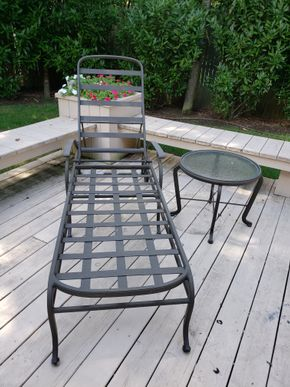 Lot 020 2-Pc. Metal Outdoor Furniture  Lounge Chair 15H x 23.5W x 50L (Back 33H )/ Side Table 19H x 22.5W PICK UP IN HEWLETT,NY
