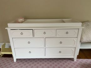 Lot 016 White dresser/changing table top 56in L X 19in W X 34in H PICK UP IN GARDEN CITY 1