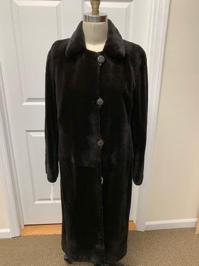 Lot 036 Brown Sheared Mink Reversible Size 12 Length 44in Sleeve 30in Sweep 58in Style 3373 - - Item Num: 7687-47