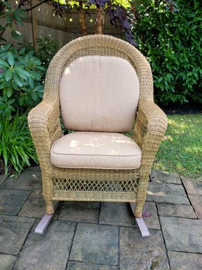 Lot 026 Wicker Rocking Chair 43.5H x 24W x 19.5D PICK UP IN ROCKVILLE CENTRE, NY
