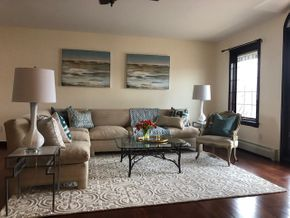 Lot 023 Den/Living Room Staging Room For Sale PICK UP IN LONG BEACH