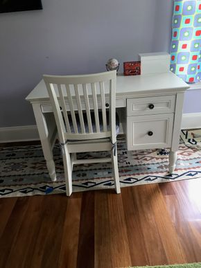 Lot 081 Pottery Barn Desk   DOES NOT INCLUDE CHAIR 30H x 23W x 44L PICK UP IN LAWRENCE