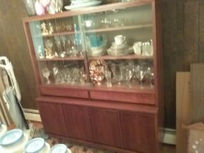 Lot 001 Mid Century Modern John Cameron Furniture China Cabinet 64.5h X 17W x 65.5L PICK UP IN GLEN COVE