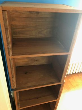 Lot 009 Wooden Bookshelf PICK UP IN GARDEN CITY