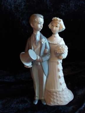 Lot 004 Lladro Bride Girl and Groom  Boy 8.75 Inches Tall PICK UP IN CEDARHURST