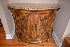 Lot 022 Sideboard Buffet Storage Cabinet 34H x 44W x 22L aprox. PICK UP IN MALVERNE,NY